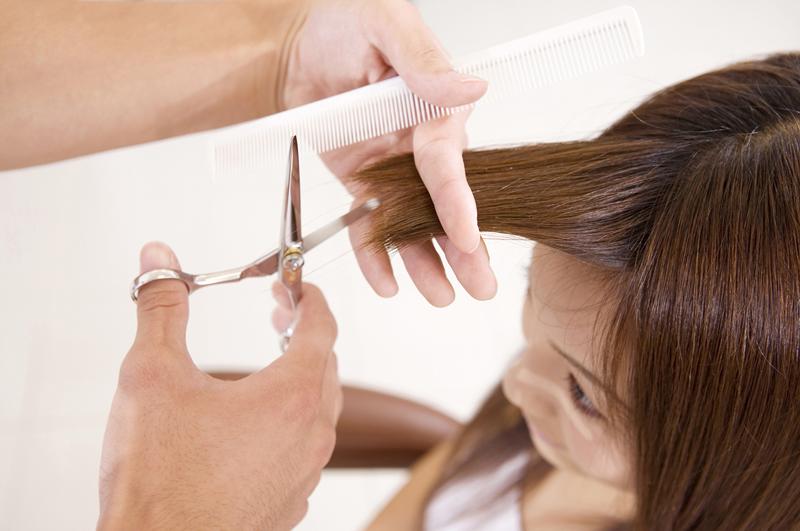 hair cut hands